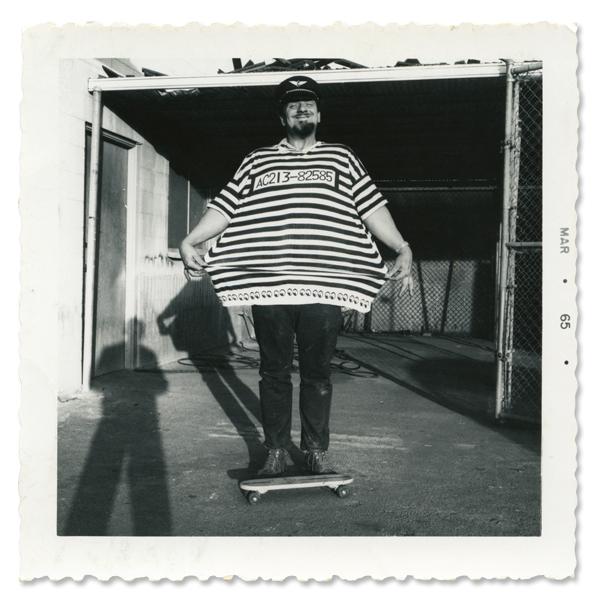 MOON Equipped(munikuippudo)Prisoner T恤