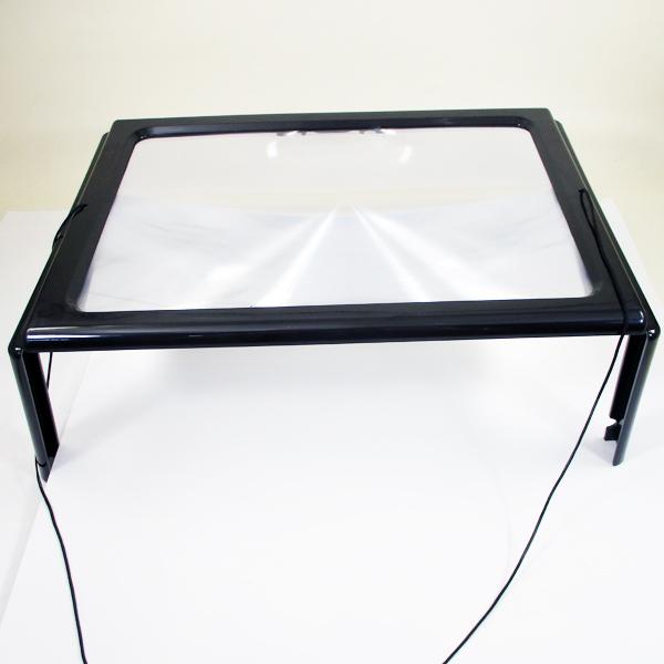 〓MOON〓倍率2.5倍 首にかけてテーブルに置いて使える拡大鏡 見えづらい 読みづらいと思ったら… 拡大鏡 首かけ 高級な ハンズフリー 大型 MCZ-122 テーブル型 ライト付 年中無休 送料無料メール便