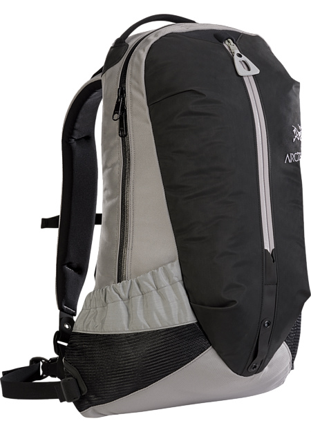 アークテリクス(ARC'TERYX)アロー22バックパック(arro-22-backpack)カラー:Silva