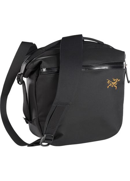 アークテリクス(ARC'TERYX)アロー 8 ショルダーバッグ(arro-8-shoulder-bag)カラー:Black