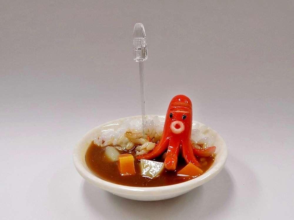食品サンプル 国産品 カード立て カレーライス小 ウインナータコ クチ付き 商舗