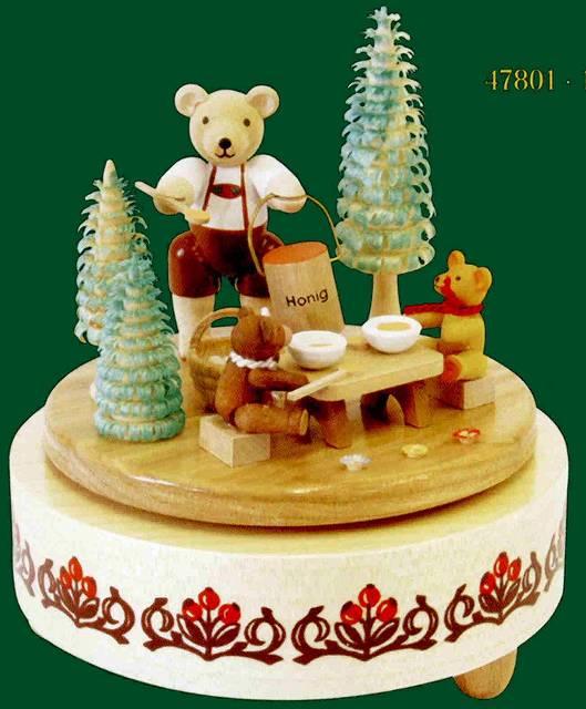 ドイツ エルツ山地の手作り 木のオルゴール クマさん家族 ドイツ製 47801 [送料無料]