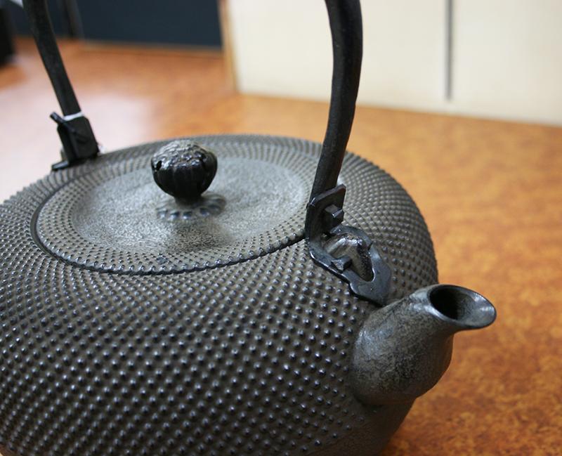 鉄瓶 「鉄鉢型 霰」2.7L