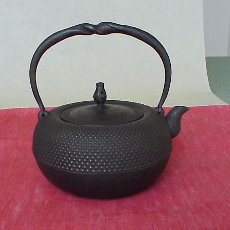 南部鉄瓶鉄鉢形 霰1.6リットル