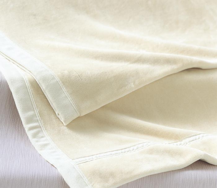 アレルギーにも安心 インド産オーガニックコットンを使用 家庭で洗える 天然繊維のあったか毛布 京都西川 高級な オーガニックコットン 綿毛布 0776 ふんわり暖かい ご注文で当日配送 オーガニック綿 シングルサイズ 赤ちゃんにも安心 ご家庭で洗える 送料無料 やさしい肌触り