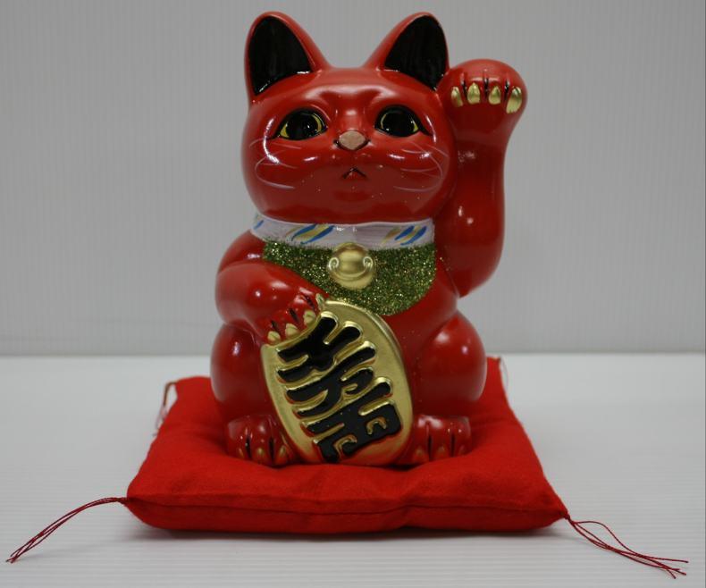 10号招き猫小判赤左手(座布団付)