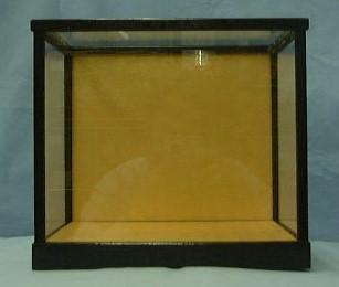 スワリ31ガラスケース(黒塗り前戸)