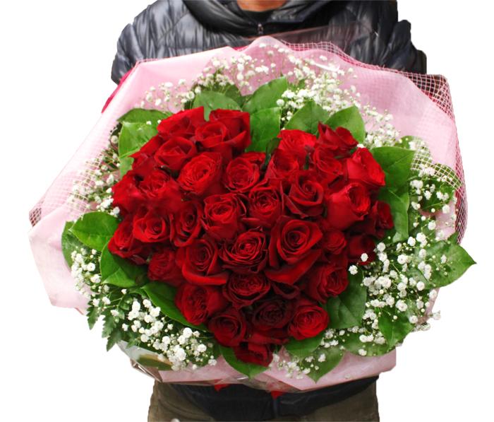 【ハートローズ】ハートの形のバラブーケ。薔薇のシルエットが美しい花束です。お誕生日や、還暦祝い、結婚記念日、プロポーズ、開店祝い、開業祝いなどに♪