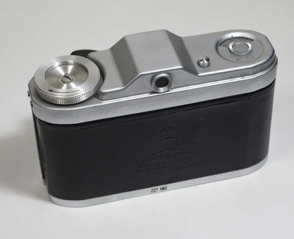 在德国 24 × 24 格式相机蔡司 Ikon 分类 VEB ZEISS IKON TAXONA