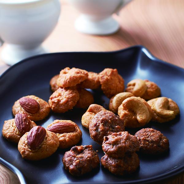 Morozoff阿尔卡迪亚(杏仁,巧克力豆,腰果,混合物坚果)300g