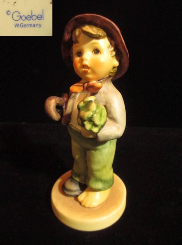 【Hummel】 フンメル人形 Lost Stocking
