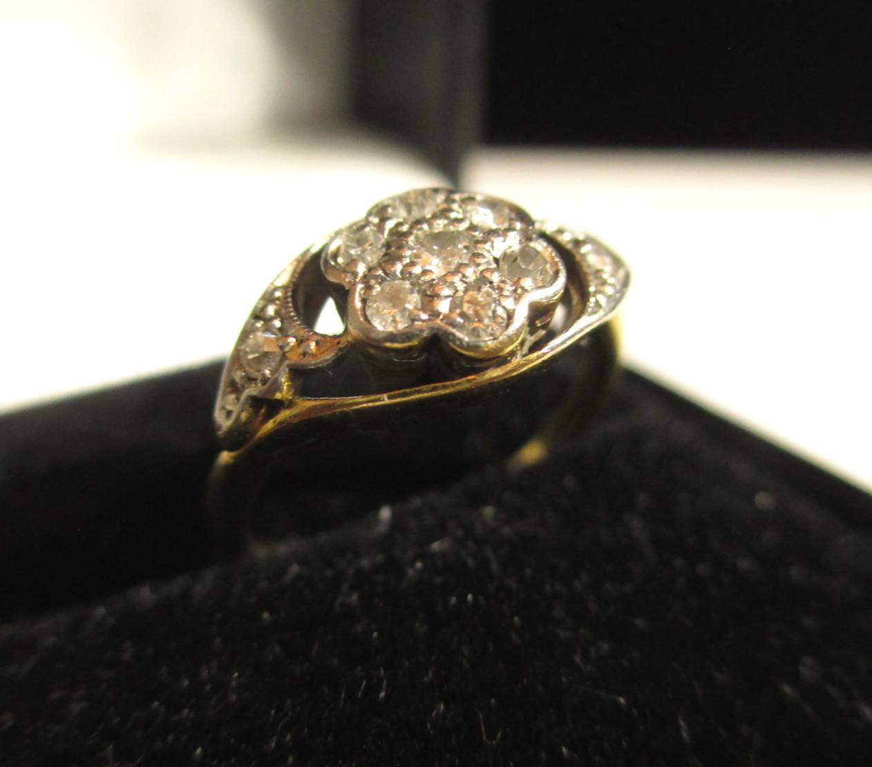 ダイヤモンドを使った18Kの指輪