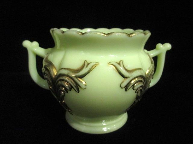 【19世紀アンティーク ウランガラス】 カスタードガラスのスプーン立て