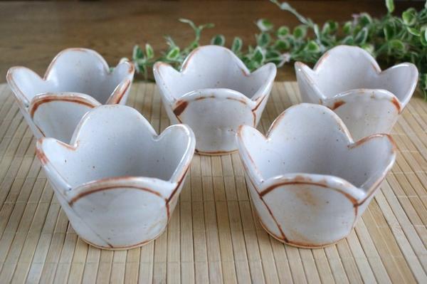 小付け 珍味いれに 美濃焼き 清山窯 5個セット 定価の67%OFF 志野焼き 花小鉢 新作入荷