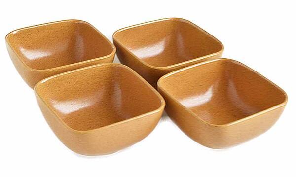 アメリカの著名なデザイナーによるデザイン 4個セット ■リンドスタイメスト■HONEY ハニー 当店は最高な サービスを提供します スクウェアーボウル 特売 蜂蜜色 四角ボウル ■カラー食器