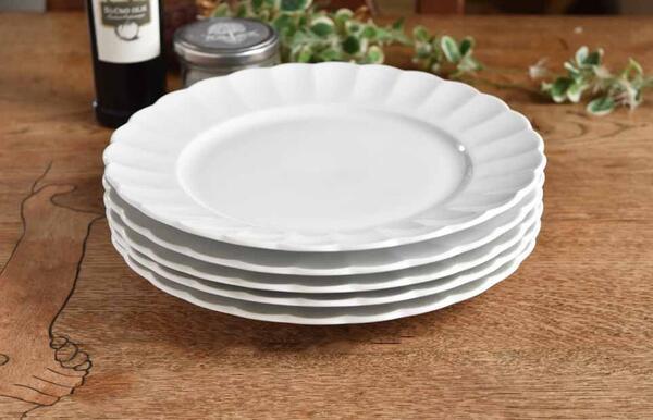 白さと強さと軽さが自慢 強さ3倍 5枚セット 驚きの価格が実現 白い食器 われにくい強化磁器 TIARA ティアラピュアホワイト フリル サラダプレート 在庫処分 ディナー皿 高級白磁 ホワイト しろい 可愛い 白い器 おしゃれ 白い 白い陶器 23cm