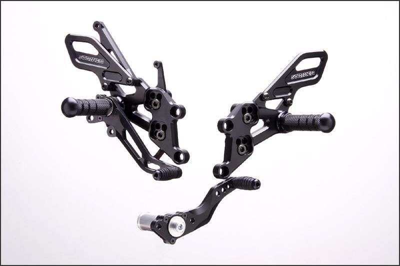 STRIKER スペシャルステップキット Type2 6ポジション(ブラック)/CBR1000RR(04年-07年) SS-AA265B2