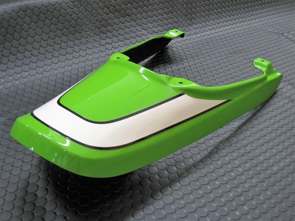 BEET シートカウル(ヴィンテージライムグリーン)グリーン/Z900RS CAFE 0320-KE3-52