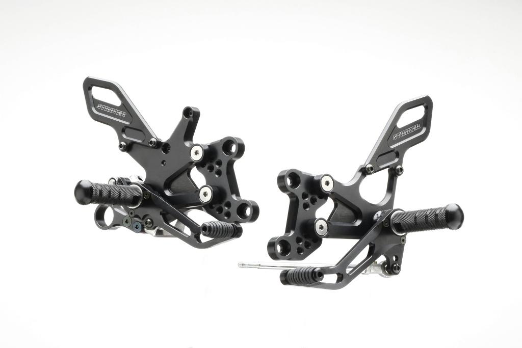STRIKER スペシャルステップキット 6ポジション(ブラック)/GSX-S1000/F /ABS SS-AA2134B