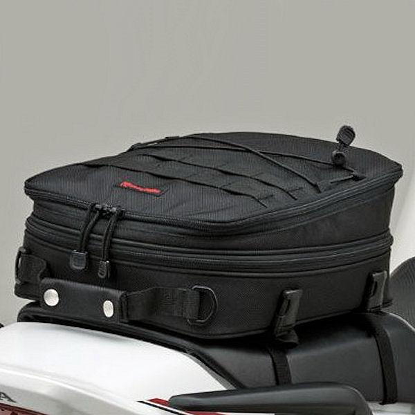 デイトナ DAYTONA 74148 ヘンリービギンズ シートバッグ MIL A4サイズ 7~12L 可変式 汎用
