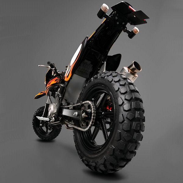 デイトナ DAYTONA 75137 MAXXISタイヤ M6024 130/70-12 56J TL モンキー スクーター