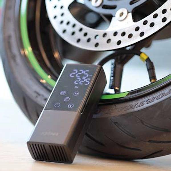 バイク用 電動空気入れ スマートエアーポンプ JP01 在庫あり バイク 302-322 ショップ 自転車 USB充電式エアーポンプ ボール 自動車 携帯用428g 収容袋付き 浮き輪など 定番の人気シリーズPOINT ポイント 入荷