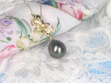 K18黒蝶真珠ペンダントネックレスダイヤモンド(0.22ct)   ギフト プレゼント