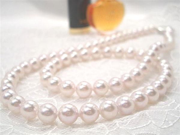 とびっきりの素敵な輝きを胸元に♪良質アコヤパールセミロングネックレス   ギフト プレゼント