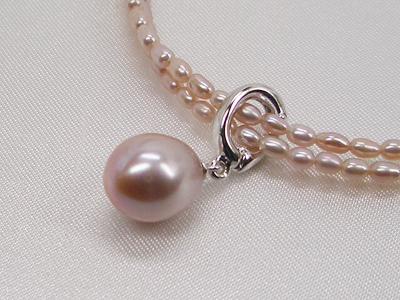 淡水真珠ペンダント付きネックレス(ピンクパープル)   ギフト プレゼント