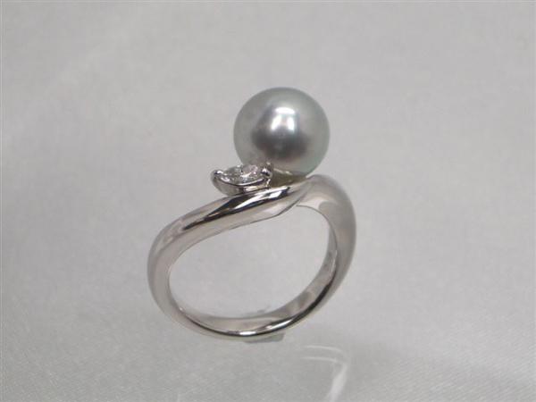 Pt高級真多麻アコヤ真珠ダイヤ入りリング ダイヤ0.08ct パール 約8.5mm   ギフト プレゼント