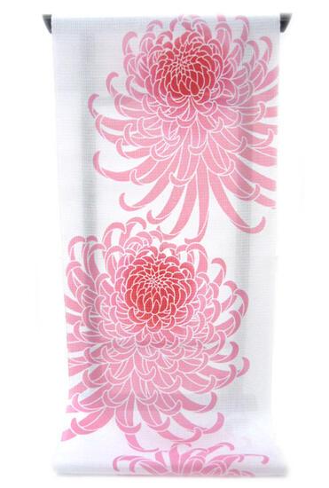:::: 伝 統 の 注 染 ゆ か た ::::極上の肌触りで着心地さらっと綿紅梅   白地に桃色ぼかし染め菊大輪柄(反物)◇ お仕立て(国内手縫い)¥11,000(税別)で承ります。