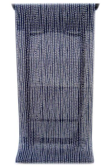 :::: 伝 統 の 捺 染 ゆ か た ::::ほんのり透け感 縞模様の変わり織り   濃紺によろけ縞の染め疋田柄(反物)◇ お仕立て(国内手縫い)¥11,000(税別)で承ります。