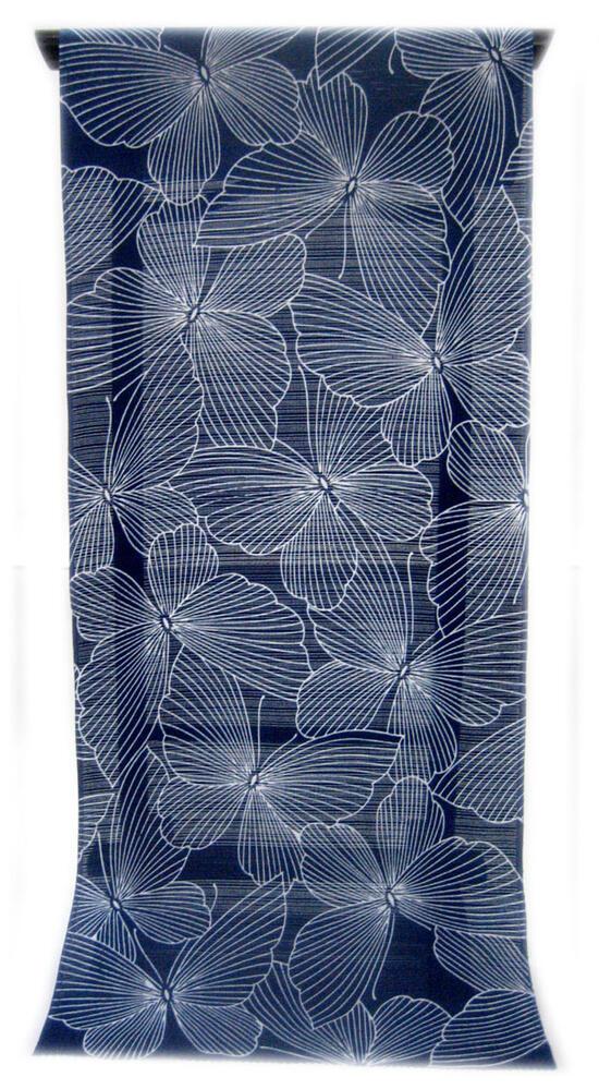 :::: 伝 統 の 注 染 ゆ か た ::::とっておきの涼感にうっとり 瑠璃紺色の木綿絽   ひらひらと舞う陰線描の蝶々柄(反物)◇ お仕立て(国内手縫い)¥11,000(税別)で承ります。