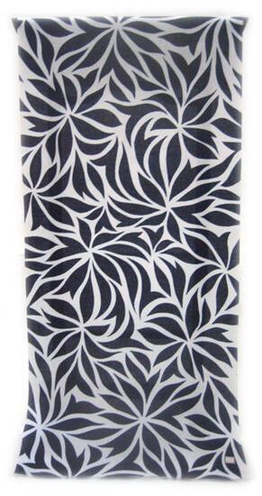 :::: 伝 統 の 注 染 ゆ か た ::::清涼感あふれる純白の木綿に   艶のある紺一色 幻想的な唐花模様柄(反物・広巾)◇ お仕立て(国内手縫い)¥11,000(税別)で承ります。