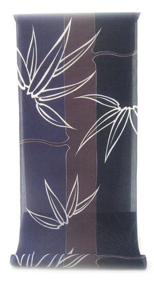 :::: 伝 統 の 捺 染 ゆ か た ::::とっておきの涼感にうっとり 縦縞の木綿絽   三色彩る竹縞に白く浮き立つ笹柄(反物)◇ お仕立て(国内手縫い)¥11,000(税別)で承ります。