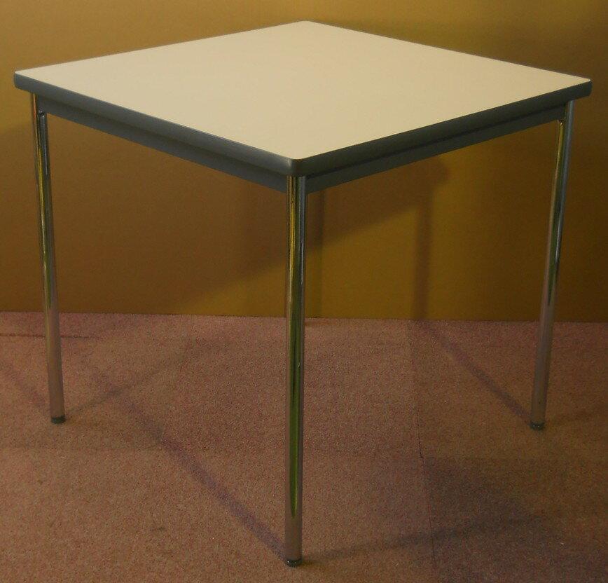 コクヨ ミーティングテーブル木目天板W750,D750,H700ミリ【中古】