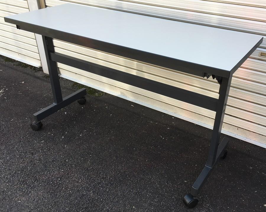 コクヨ 折りたたみテーブルW1200,D450,H700ミリ KT-S64F1N【中古】【送料無料】