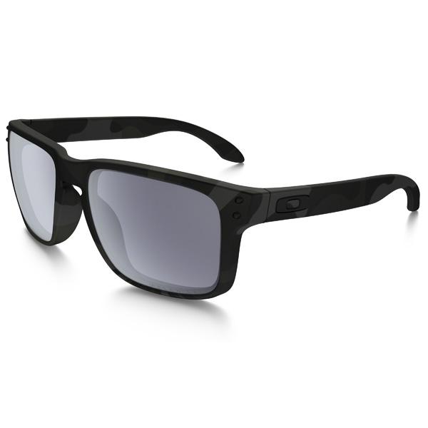 Oakley オークリー サングラス Holbrook ホルブルック OO9102-92【Multicam Black/Gray Polarized】