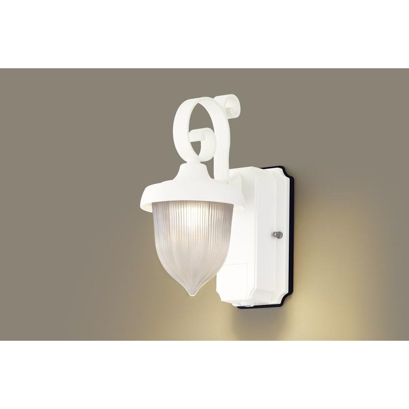 パナソニック LGWC80237 LE1 壁直付型 LED 電球色 ポーチライト 密閉型 防雨型 FreePaお出迎え 明るさセンサ付 段調光型 白熱電球60形1灯相当