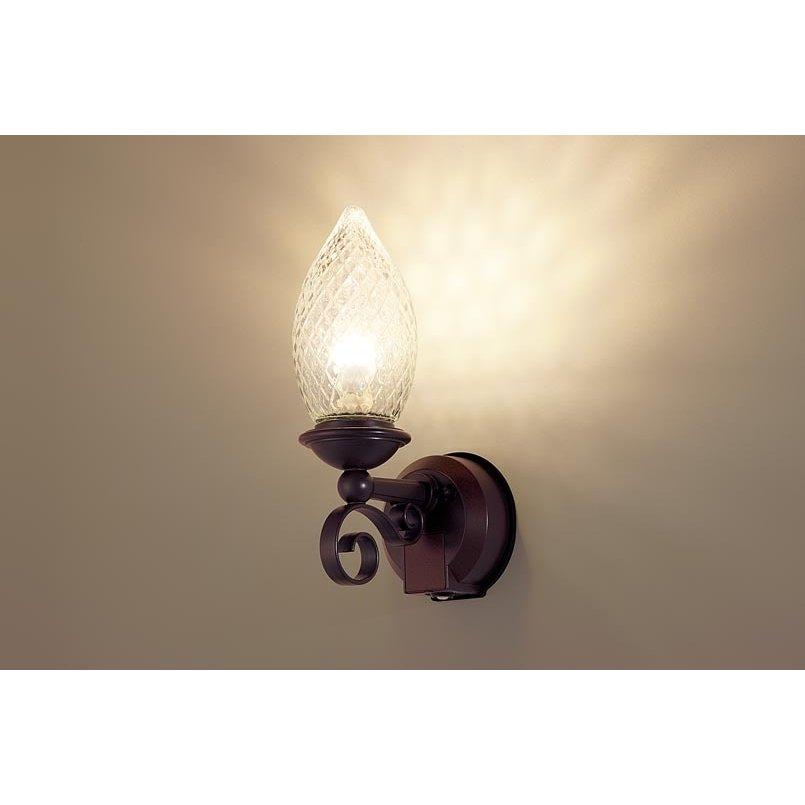 パナソニック LGWC85025Z 壁直付型 LED 電球色 ポーチライト 密閉型 防雨型 FreePaお出迎え 点灯省エネ 明るさセンサ付 白熱電球40形1灯相当 ランプ付(同梱)