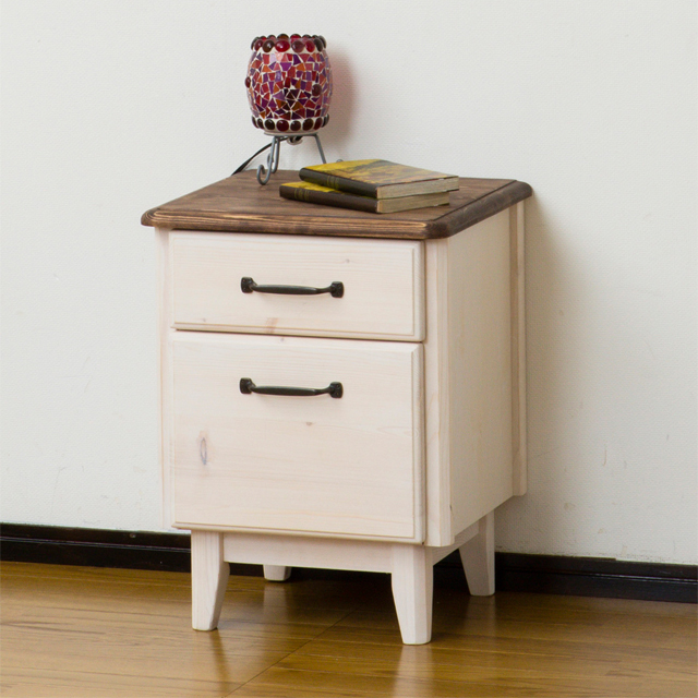 【送料無料】 ニューカントリー 38ナイトテーブル ホワイト 白 北欧家具 木製 アンティーク調 クラシック 家具 キッチン スラウドレール 可愛い 引き出し 幅38cm以上 (23720)【KR】