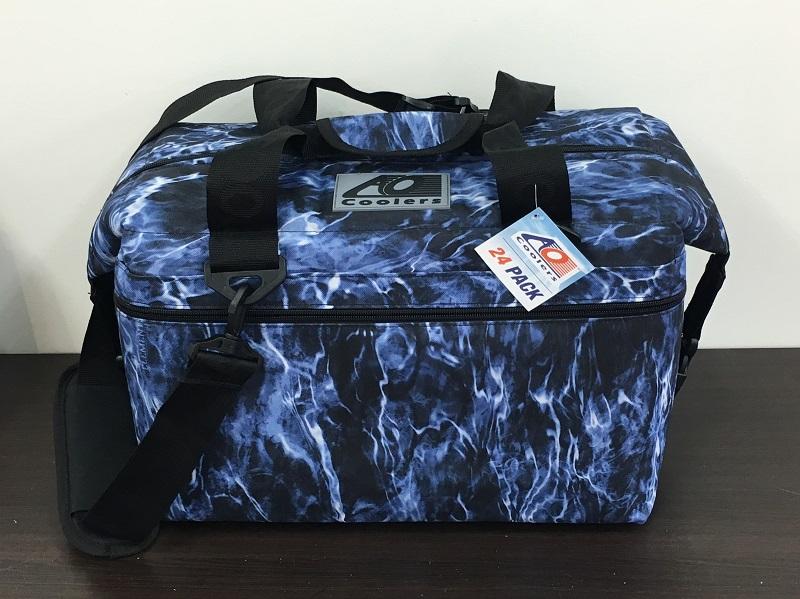 【送料無料】AO Coolers エーオークーラーズ 24パック キャンバスソフトクーラー ブルーフィン 品番:AOELBF24【春セール第二弾 03/21/11:00~03/26/10:59】