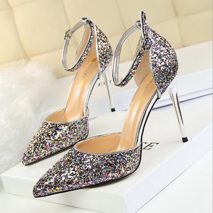 靴 レディース パンプス 歩きやすい ヒール パーティーパンプス キラキラ 結婚式 ポインテッドトゥ ハイヒール 美脚