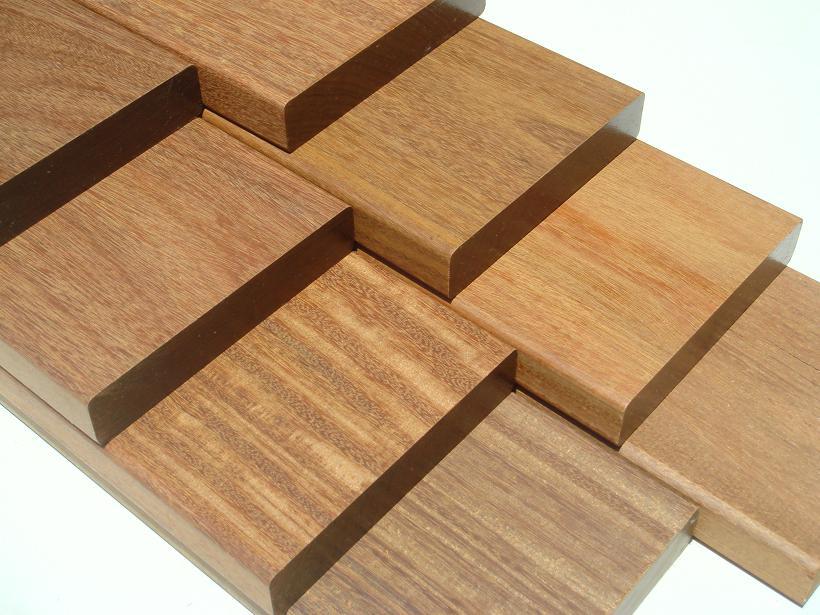 天然木 無垢材 ウッドデッキ フェンス 全商品オープニング価格 パーゴラ 国内正規品 エクステリア DIY 木材 外装 21.4kg イペ ミリ 4面面取り 最強 4面プレナー 2400×90×90 称されるデッキ材 世界中で