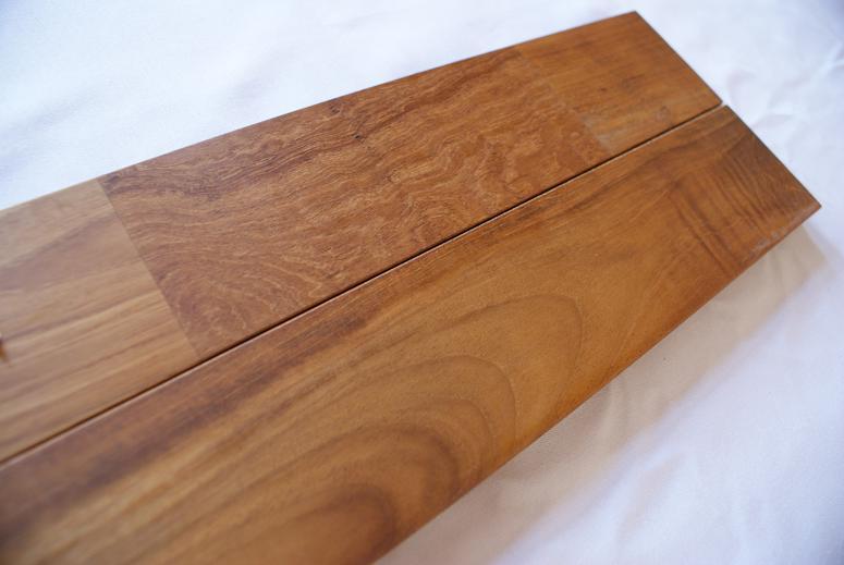 チーク 無垢 フローリング ユニ 床暖 自然塗装