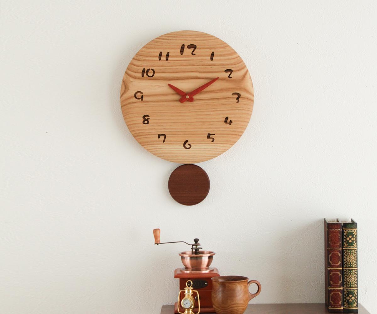 木製 壁掛け時計 旭川クラフト 結婚祝い 工房 お得なキャンペーンを実施中 ペッカー 丸型振り子時計 36 F35