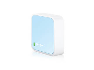 持ち運び可能なので 自宅や旅行での使用に最適 保証 大幅値下げランキング 業界最高基準の3年保証 TP-Link ティーピーリンク 300Mbps 無線LANルーター Nano ポケットサイズ:ご自宅での使用はもちろんホテルなどでも利用可能です ブルー TL-WR802N ※ACアダプタは付属しません。 セールSALE%OFF