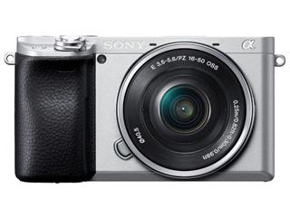 SONY/ソニー ILCE-6400L-S(シルバー) α6400 パワーズームレンズキット デジタル一眼カメラ APS-Cセンサー搭載/約2420万画素/ISO100-32000/4K動画記録30P/有機ELファインダー/自分撮り対応タッチ液晶