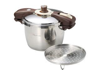 日本最高クラスの超高圧力で調理しますので 一般的な圧力鍋より早く調理が可能です 人気上昇中 ワンダーシェフ 640413 魔法のクイック料理エスプレッソスリッタ5.5L いよいよ人気ブランド
