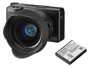 RICOH/リコー GR III+DB-110 バッテリー+GA-1 レンズアダプター+GW-4 ワイコンレンズセット【gr3set】